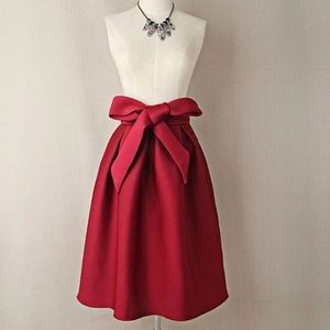 Dresses & Skirts - Red vintage A-line midi skirt with big bow